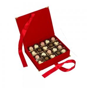 Senin İçin – Kırmızı Kitap Kutuda Çikolata